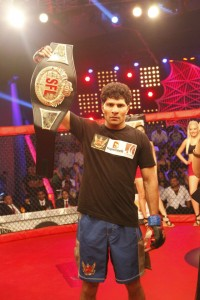 SFL Light Weight Champ trains at CFC